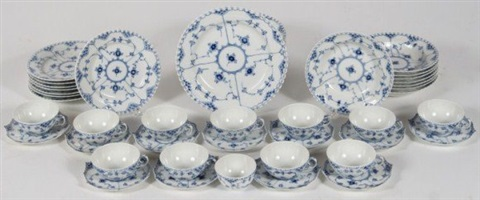 royal copenhagen porcelain dinner service 20th c
