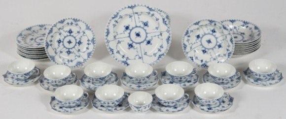 royal copenhagen porcelain dinner service 20th c