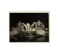 fontana angelica di notte a torino by mario gabinio