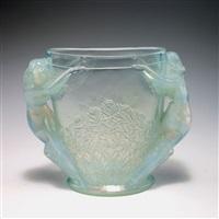 vase 'deux femmes' by sabino