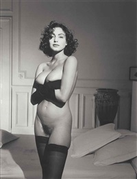 claudya desout avec des gants, paris, octobre by bettina rheims