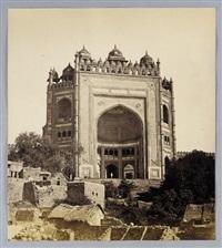fatehpur sikri. elephant gateway by v. pont