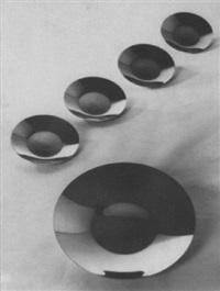 plates by vera gabrielova