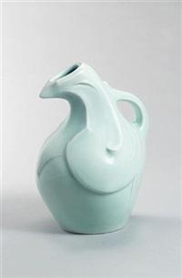 a jug by einosuke kawai