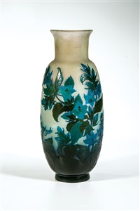 vase mit enzian by cristallerie d'emile gallé