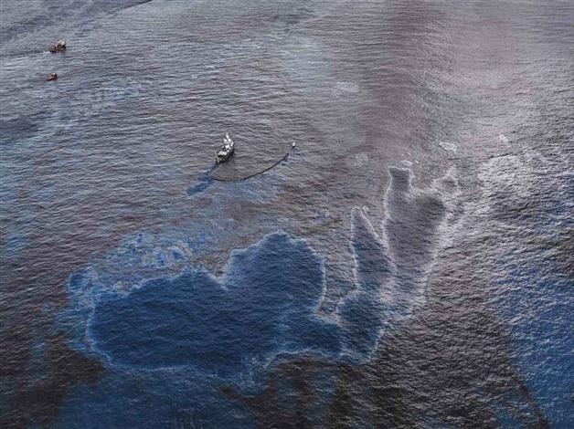 oil spill no4 oil skimming boat near ground zero gulf of mexico by edward burtynsky