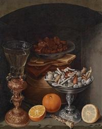 stillleben mit einem weinglas, orangen, einem teller mit pilzen und einer silbernen schale mit zuckerzeug by georg flegel
