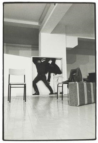 performance di yvonne rainer con philips glass al festival music and dance usa lattico roma by claudio abate