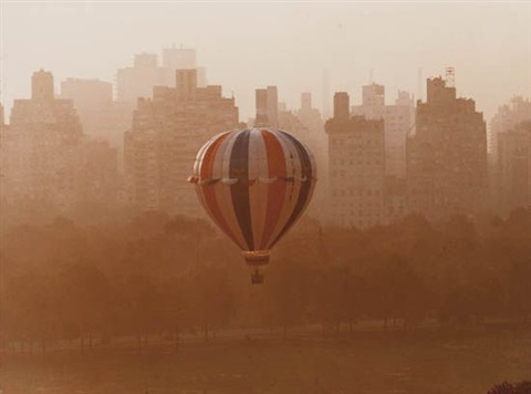 balloon over sheep meadow nyc by ruth orkin