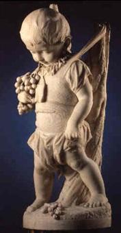 lille stående dreng i sele, med i hånden vindrueklase by ludvig hasselriis
