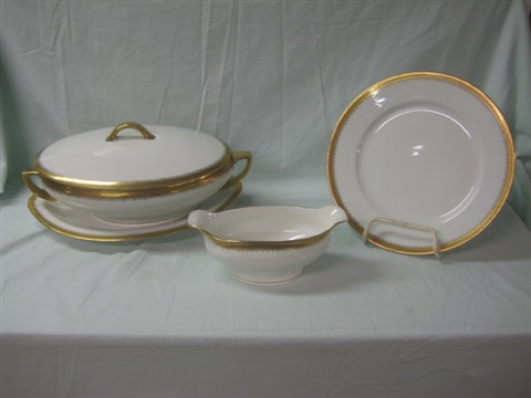 dinner service for 12 90 pieces by oscar and edgar gutherz