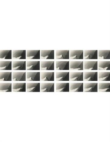 scrivere sullacqua writing on water sequenza fotografica 32 works by maurizio nannucci