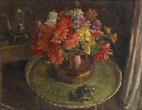 vase fleuri au guéridon by cecile mersch
