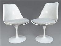 deux chaises pivotantes tulipes (set of 2) by eero saarinen