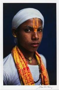 pilgrim at the kumbh mela festival by steve mccurry