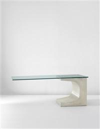 dining table by oscar niemeyer