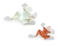 frog brooches (set of 2) by vhernier