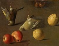 stilleben med kramsfåglar och frukter by jan vonck