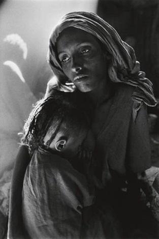 ethiopie (mother and child) by sebastião salgado
