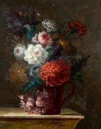 vase de fleurs sur un entablement by le riche (leriche)