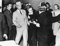 jack ruby shooting lee harvey oswald, dallas by robert jackson