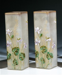 vasen mit veilchen (pair) by legras (co.)