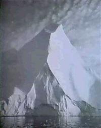 iceberg by lynne davies