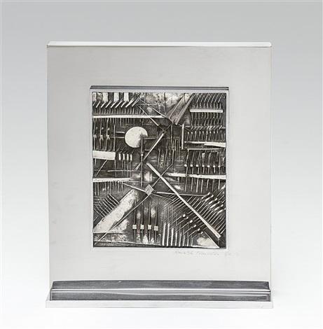 bassorilievo by arnaldo pomodoro
