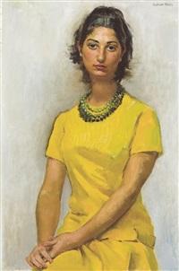 portrait de femme en robe jaune by suzanne fabry