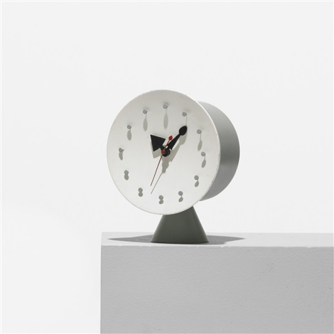 table clock model 4762 by george nelson associates