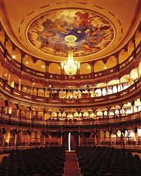 teatro heredia iv, cartagena de indias by caio reisewitz