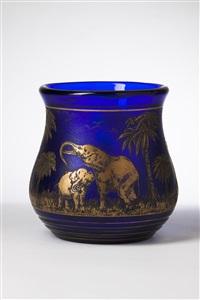 vase mit elefantenmotiv by rudolf wels