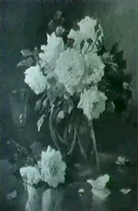 glas mit rosen by r. langlois