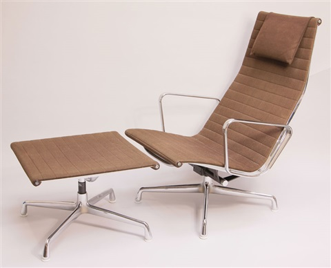 Lieblich Sessel Ea 124 + Hocker Ea 125 (set Of 2) By Charles Eames