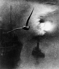early morning on the river, london bridge by bill brandt