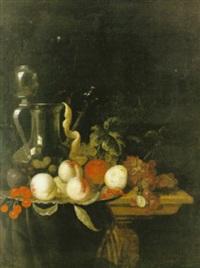 stilleben med frukter och pipkanna by jacobus van der hagen