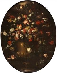 jarrón con flores by margherita caffi