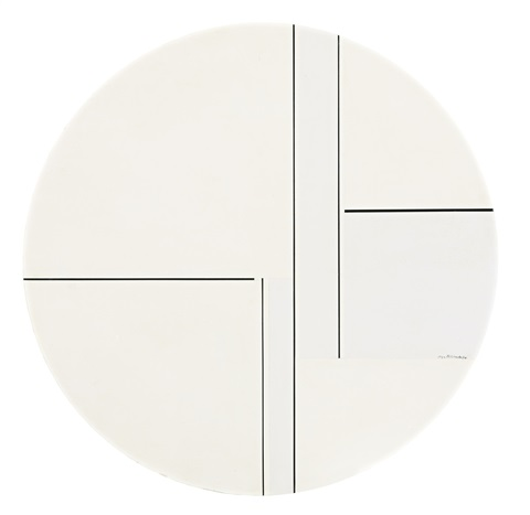 white and grey tondo with 5 black lines by ilya bolotowsky