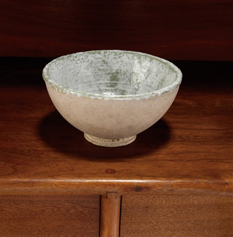 white bowl by glen lukens