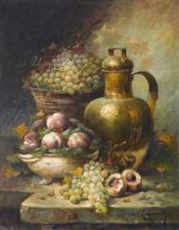stillleben mit trauben, pfirsichen und bronzekaraffe by laurence