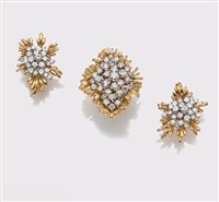 cluster ring together with a pair of cluster earrings (set of 2) by kurt wayne