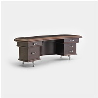 executive desk from the d'alba residence, glencoe by jordan mozer