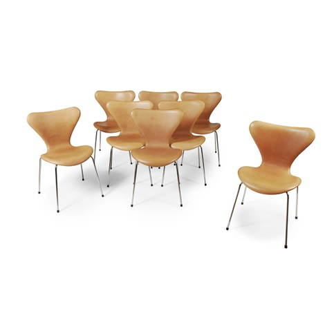 Set Of Eight Series 7 3107 Dining Chairs Designed 1955 By Arne