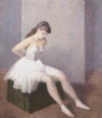 ballerina seduta by noel quintavalle