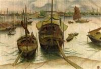 das entladen von fische- und transportbooten im hafen by pham van don