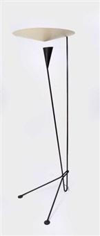 lampadaire en fil de fer courbé laqué noir et reflecteur conique blanc by michel buffet