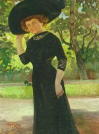 dame med bredskygget hat i en park by carl forup