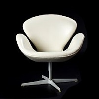the swan 50 years loung chair (model 3320) by arne jacobsen