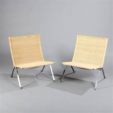 pk 22 easy chairs pair by poul kjaerholm
