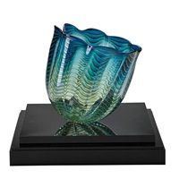 seaform vase by dale chihuly